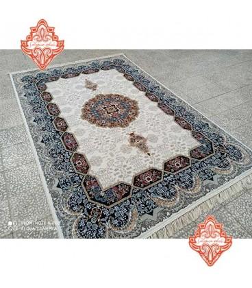فرش 500 شانه کاشان طرح هالیدی کرم